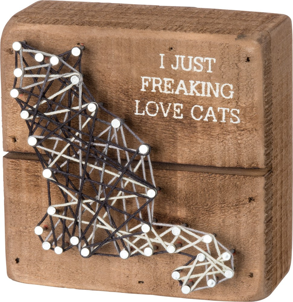 String Art Box Sign - I Just Freaking Love Cats