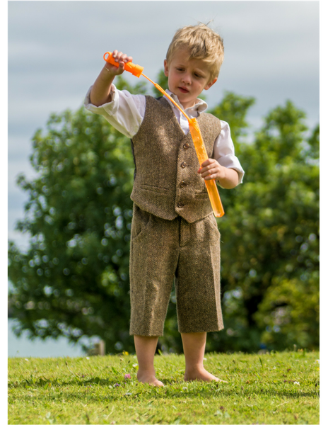 ENNIS Waistcoat and Shorts, Brown Herringbone Tweed