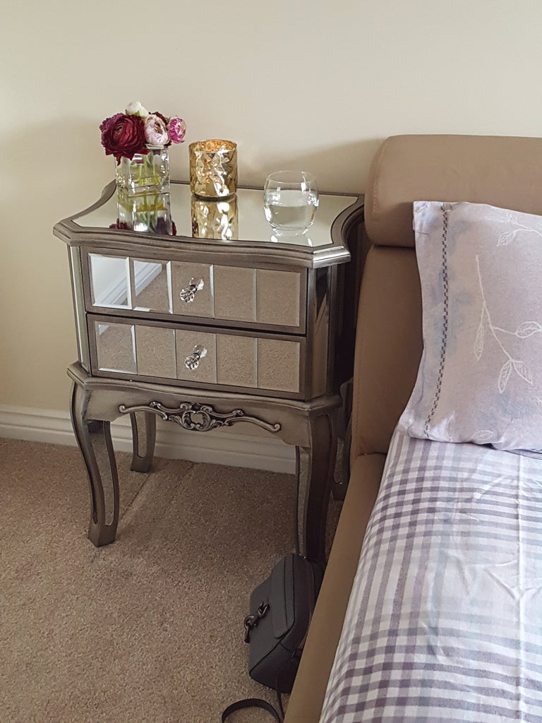 Glamour antique french style mirrored bedside table height 67cm glamour antique french style mirrored bedside table height 67cm watchthetrailerfo