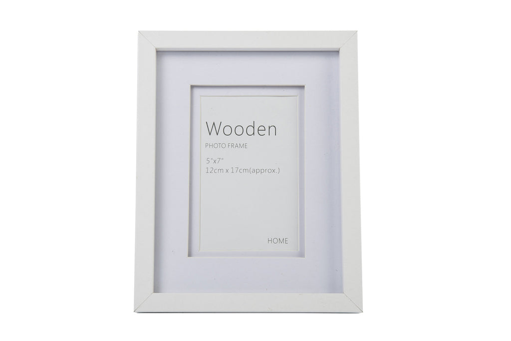 White Wooden Photo Frame 7 x 5 Inches