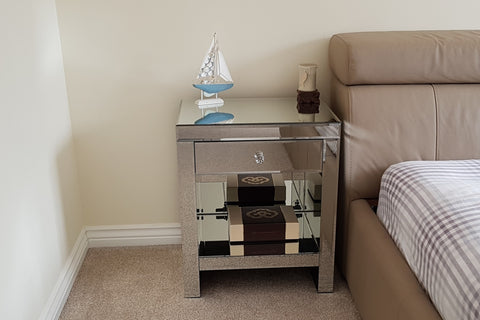 Venetian One Drawer Mirrored Bedside table