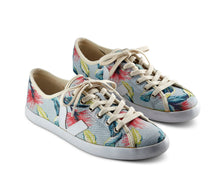 Feather Flower Print Sneaker - Veja