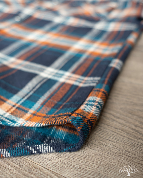 Iron Heart Ultra Heavy Flannel Crazy Check IHSH-262-NAV Close-up