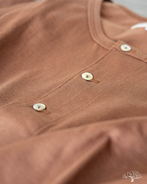 206 Long Sleeve Organic Cotton Henley - Nut