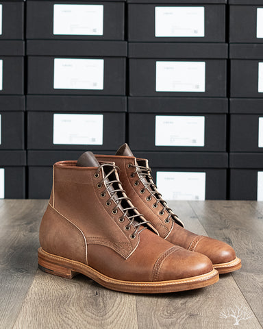 Viberg Brown Horsebutt Bobcat Boot comes in a 1035 Last, Dove Tail heel and Natural Leather Sole