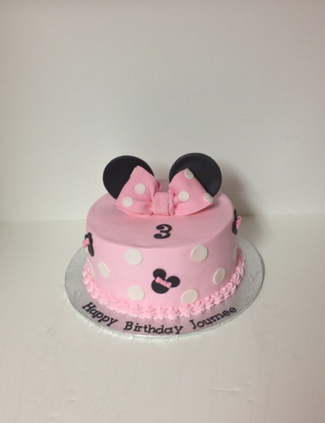 Minnie mouse 1-tier birthday cake with 3D toppers