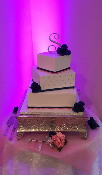 Square black and white 3-tier wedding cake