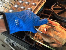 Heat Resistant BBQ Cooking Gloves - Oven Mitts & Pot Holders (Blue)