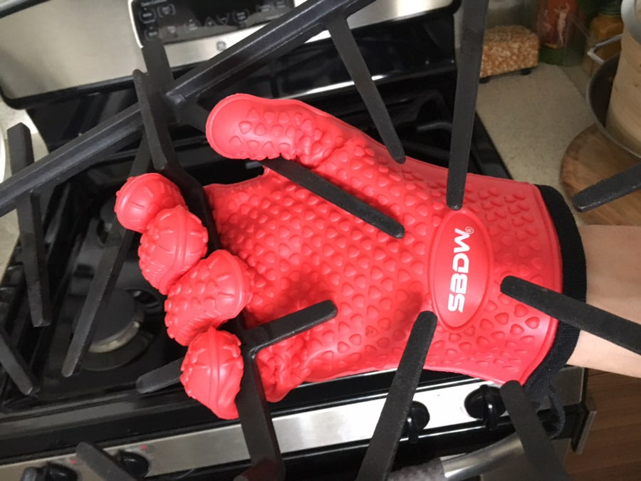Heat Resistant BBQ Cooking Gloves + Grill Brush & eBook
