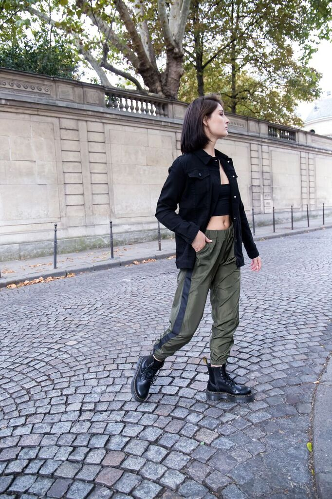 Show off pants in olive