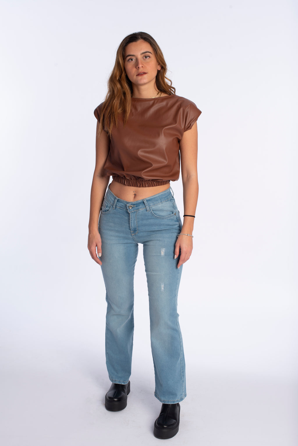 Strike top in brown