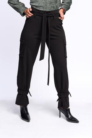 Statement pants in black