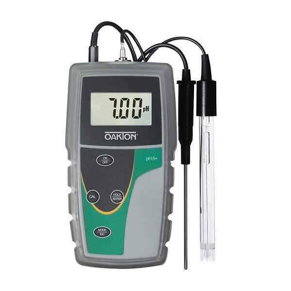 pH 5+ Handheld Meter with BNC Connector