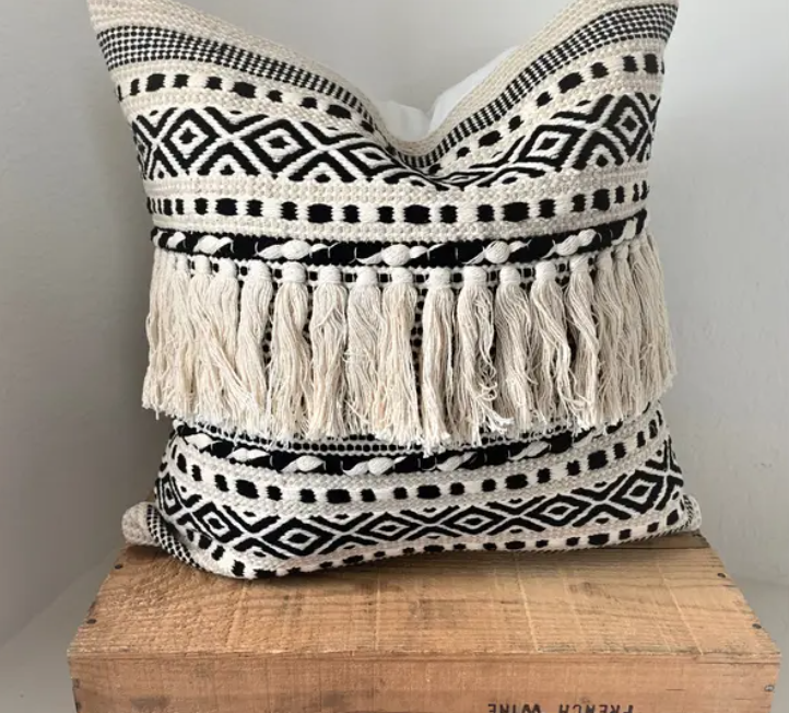 Kenya Pillow - Black