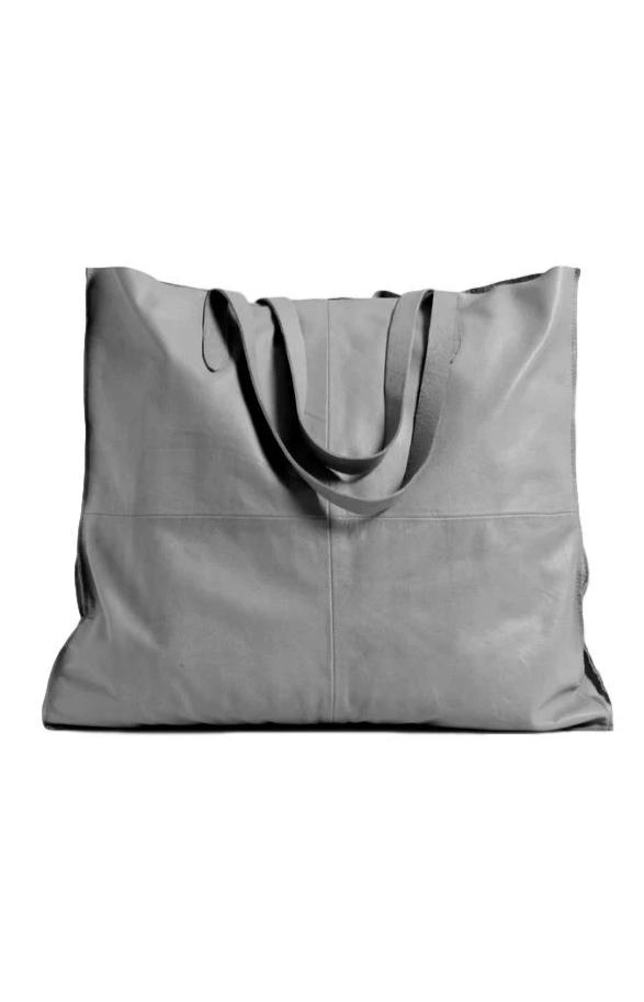 Fara Grey Shopper