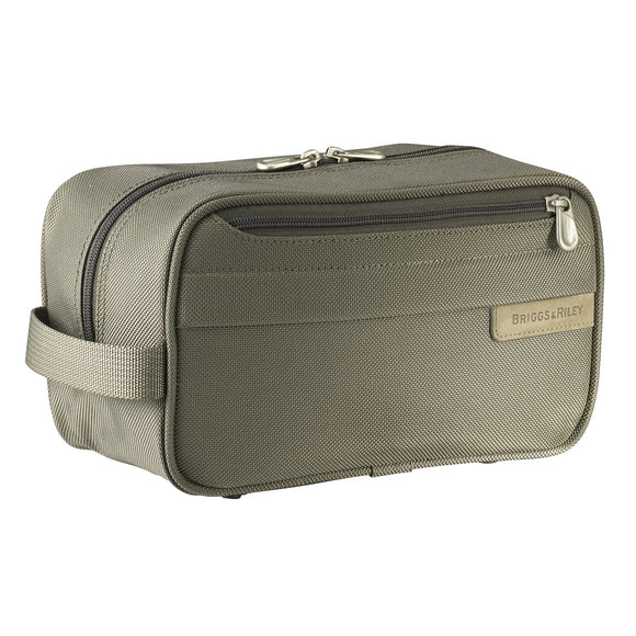 Briggs & Riley Baseline® - Classic Toiletry Kit (110)