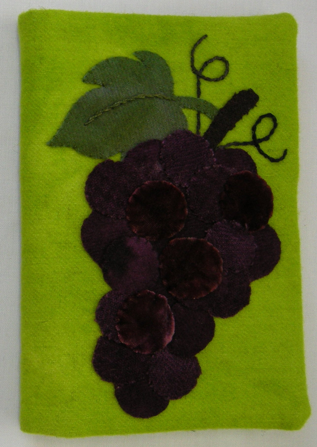 Grape Cluster Kit in Wool