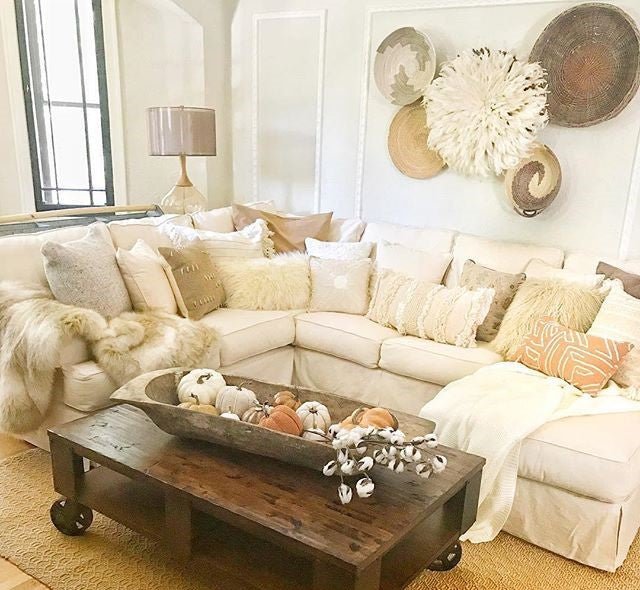 Tips and Tricks: Accessorize Your Living Room