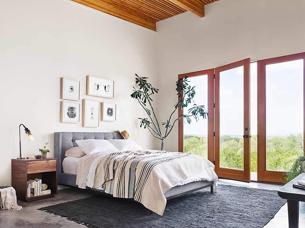 Tips and Tricks: How to Create a Bedroom Retreat