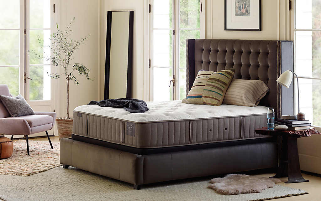 Stearns & Foster Nickeline Luxury Cushion Firm King Mattress
