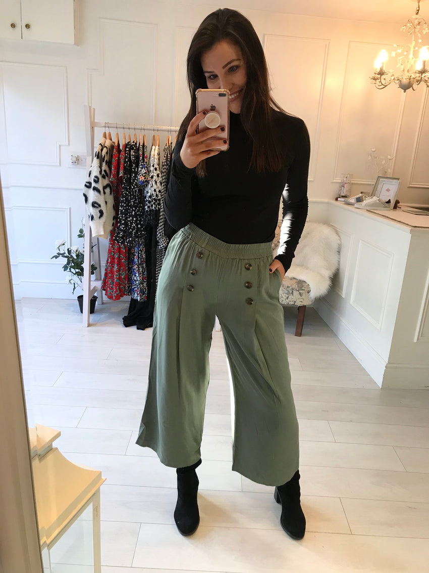 Button Detail Culotte Pants