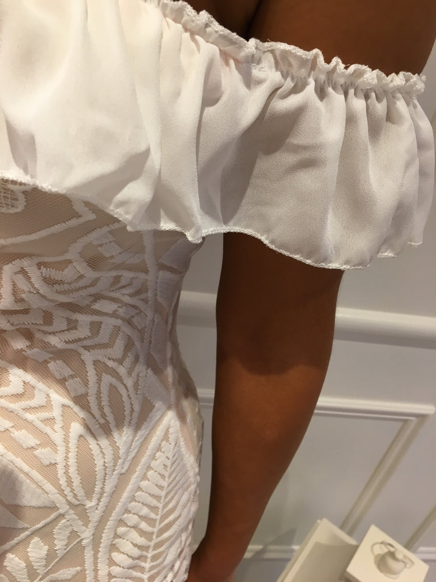White Detail off shoulder Dress