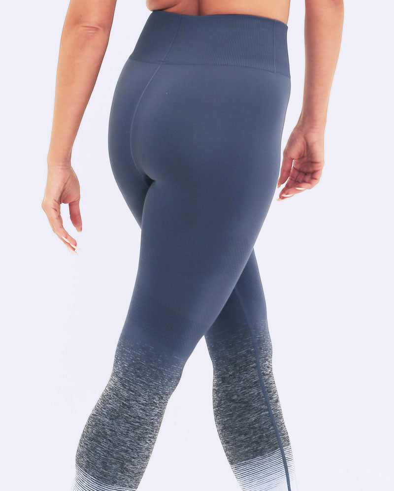 GALACTIC SEAMLESS LEGGINGS