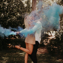 Load image into Gallery viewer, blue gender reveal smoke grenade discreet label smoke bomb
