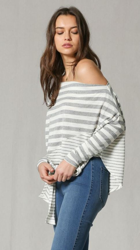 Black / White Striped Top