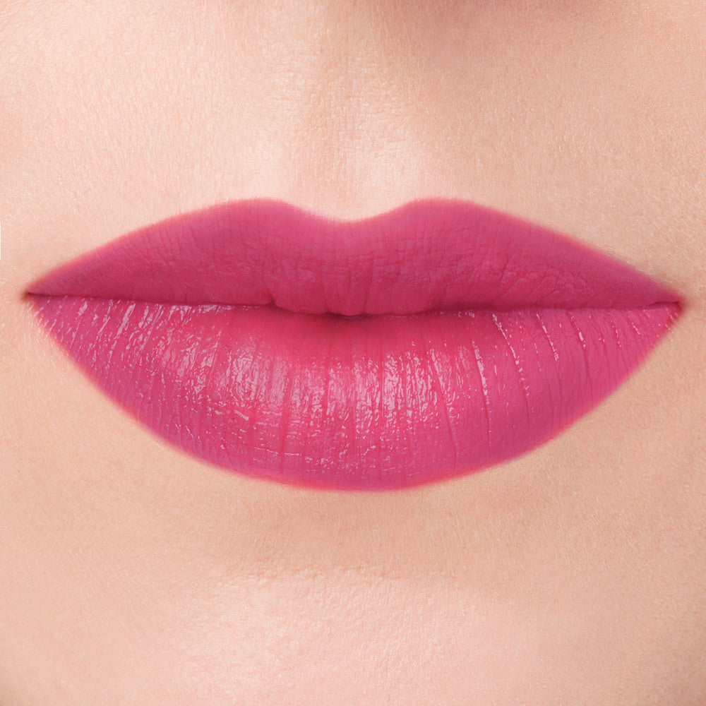 Rue natural pink lipstick cruelty free makeup lip swatch