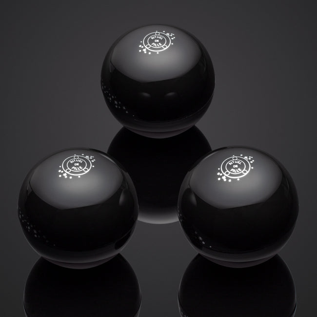 The Black Orb Seance: 3 to Share | Color Set - Rituel de Fille