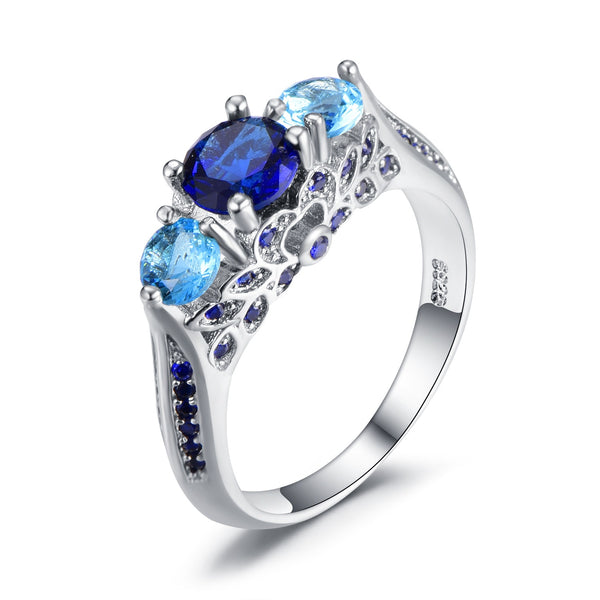 Royal And Elegant Blue Sapphire Diamond Ring for Women