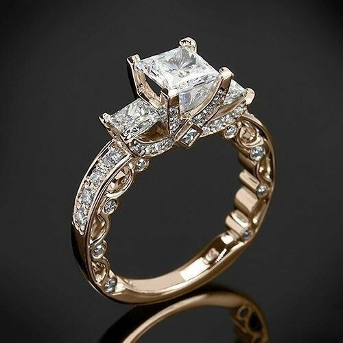 Impeccable Princess Cut Topaz Diamond 2 Carat Ring For Women In 14K Gold
