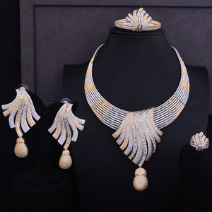 Impeccable Feather Lariat Choker Necklace Jewelry Set