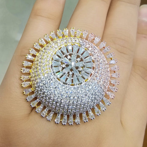 Ritzy Luxurious 3 Tone Flower Rings For Women