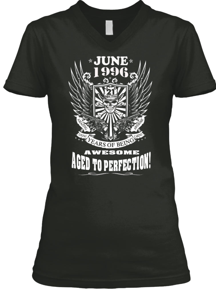 June 1996 - 21 Years Of Being Awesome Aged To Perection - 21th Birthday Gift T-Shirt