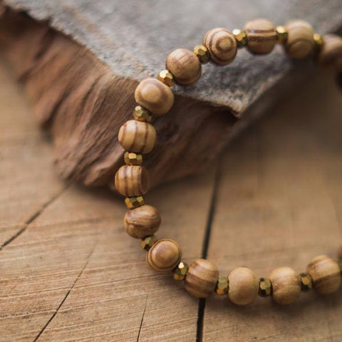 CREAM HOWLITE & GOLD STACKER | 6MM