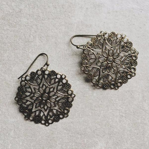 SILVER SPOKES EARRINGS