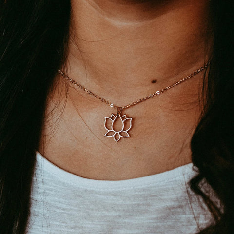 MEDIUM BRONZE PEACE NECKLACE