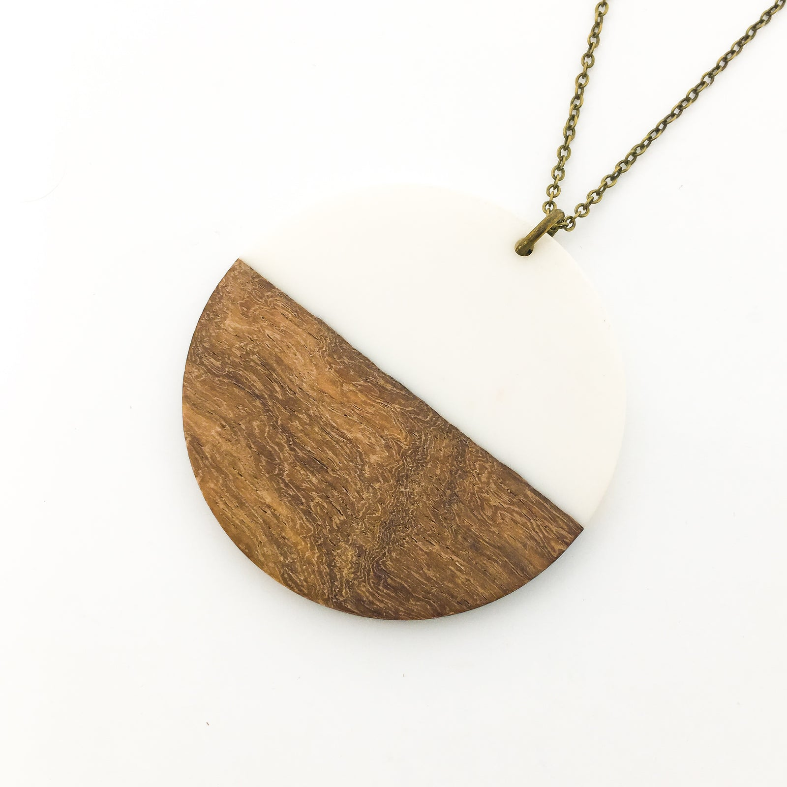 WOOD & RESIN NECKLACES | STYLE OPTIONS