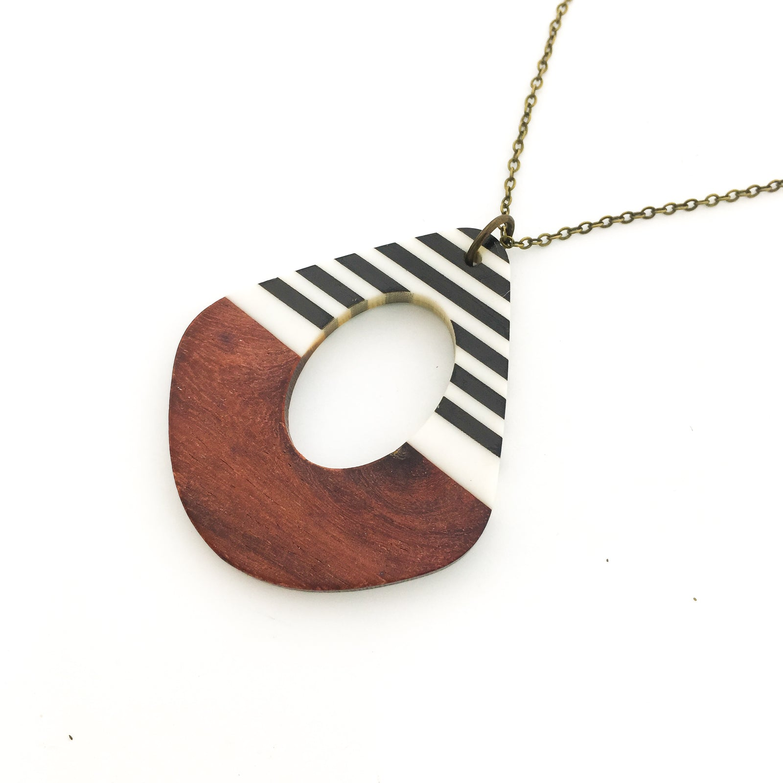STRIPED WOOD & RESIN NECKLACES | STYLE OPTIONS