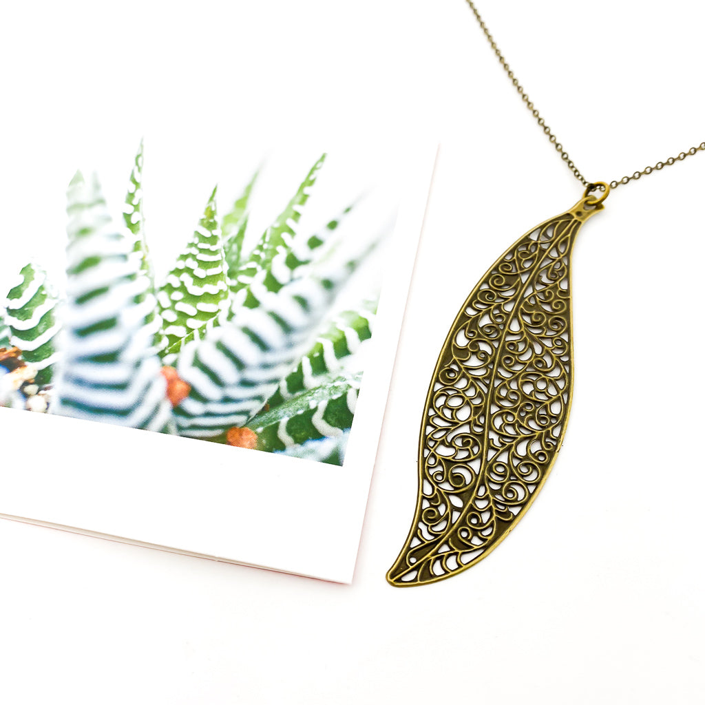LONG LEAF NECKLACE | BRONZE
