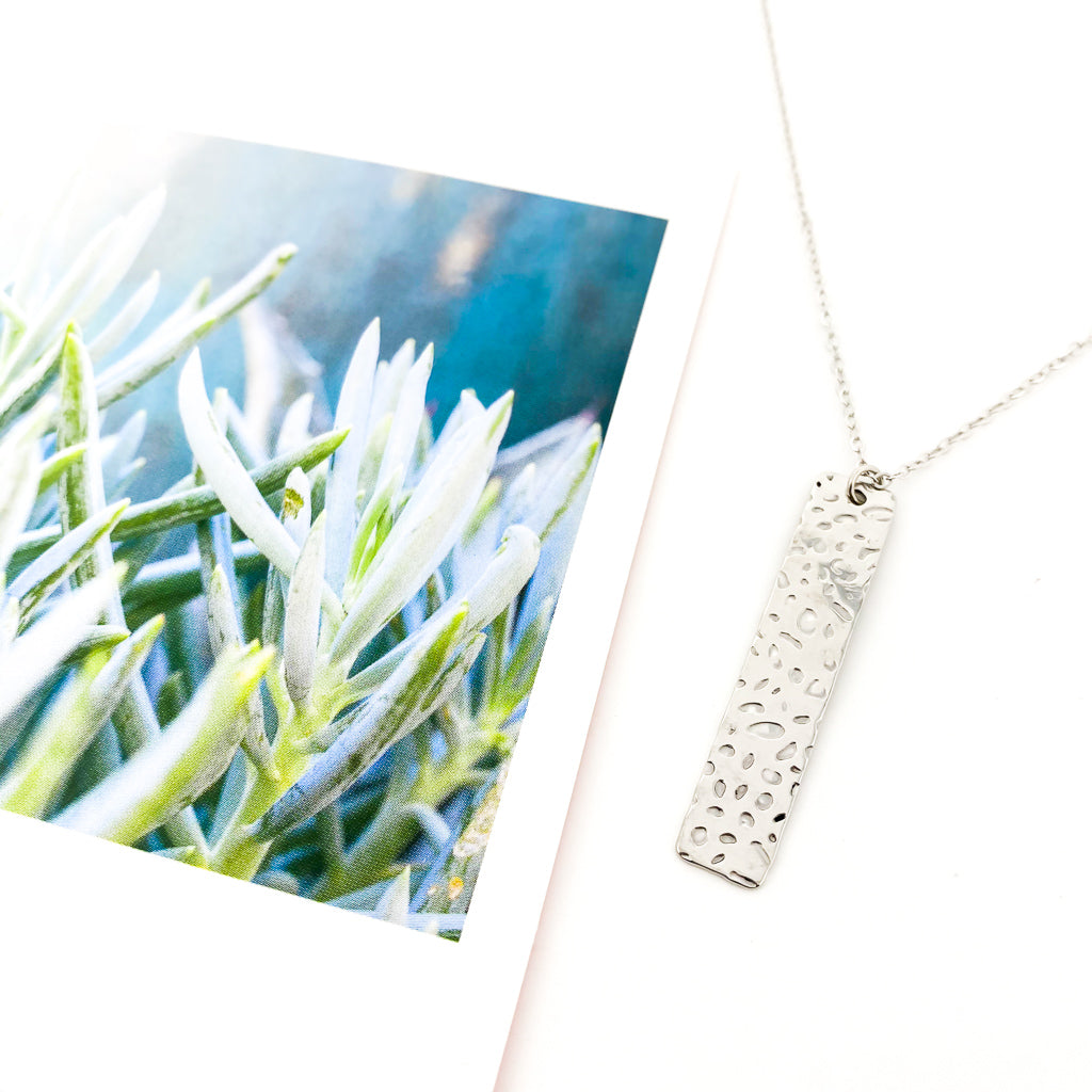 TEXTURED LONG BAR NECKLACE | SILVER