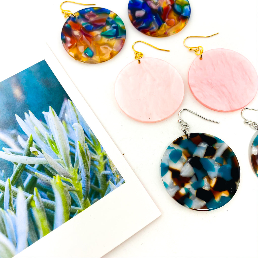 RESIN CIRCLE EARRINGS | COLOR OPTIONS