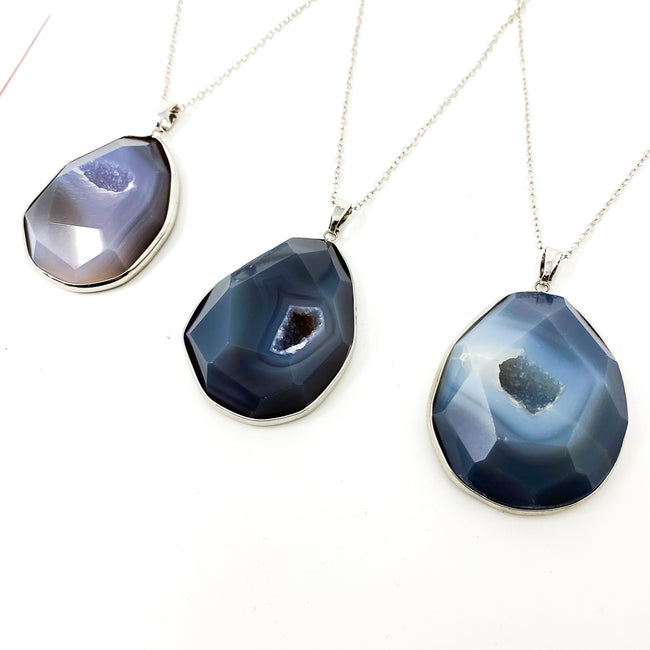 DRUZY AND STONE NECKLACE | NAVY