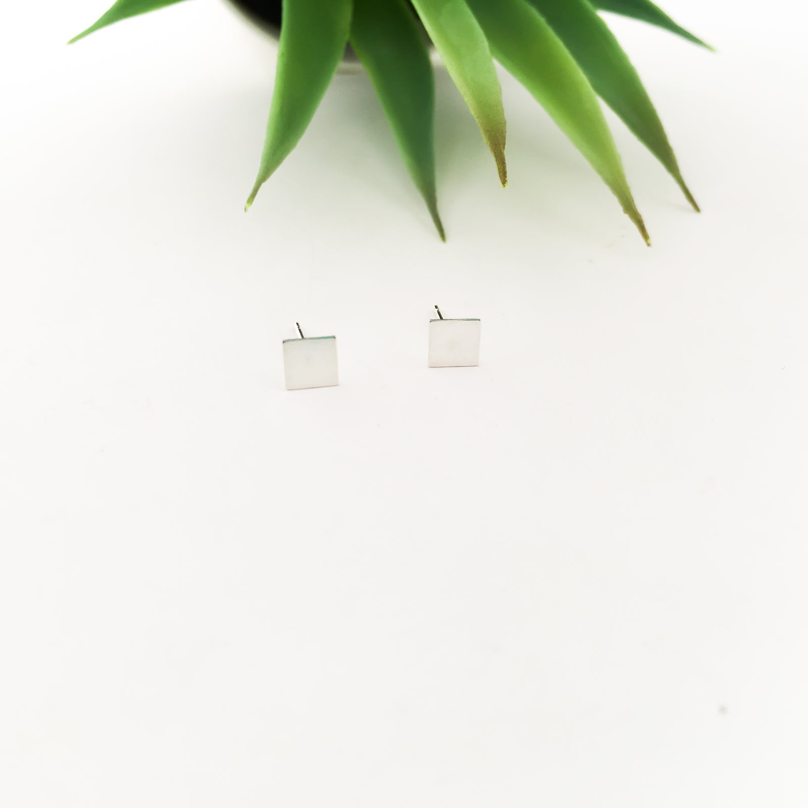 SQUARE STUD EARRINGS | STERLING SILVER
