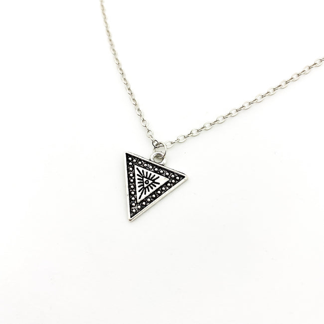 SHINING DOTTED TRIANGLE NECKLACE | SILVER