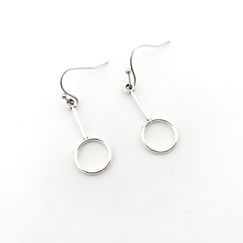 HANGING BAR AND CIRCLE EARRINGS | SILVER
