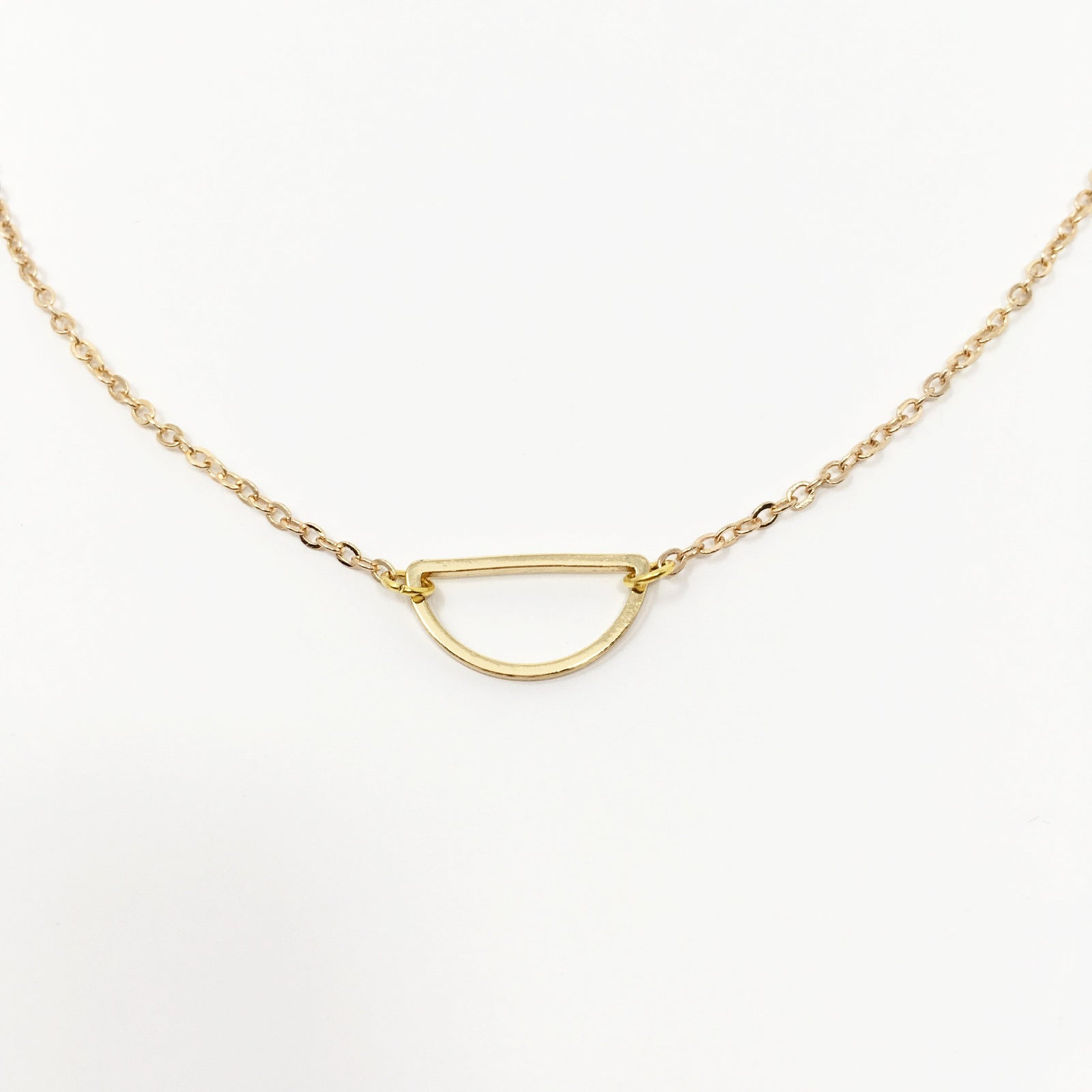 OPEN HALF MOON NECKLACE | GOLD