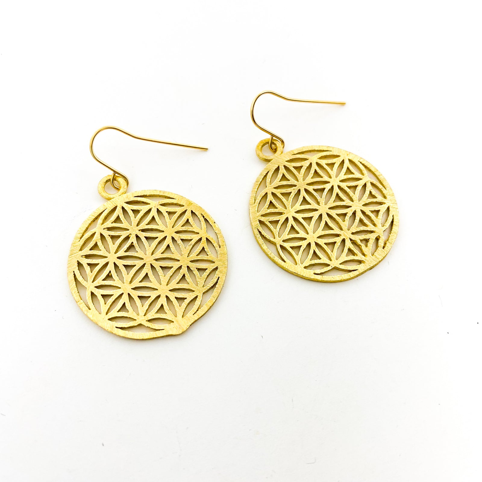 BRUSHED PATTERN SPHERE EARRINGS | 14K GOLD-FILLED